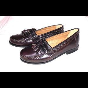 Bass men's loafers.  Size 8.  Bass NWOT